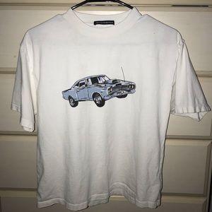 Brandy Melville Car Top w/ flaw